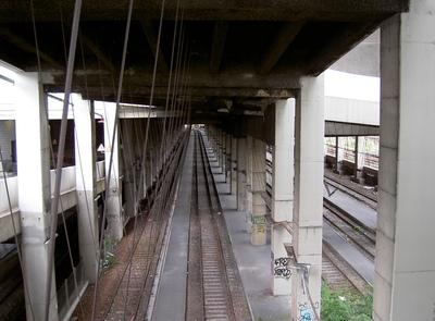 Gare de la Chapelle-Charbons. Ce n'est pas la place qui manque et c'est dans Paris.