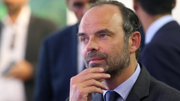Edouard Philippe s'envoie en l'air pour 350 000 euros : à qui profite le vol ?