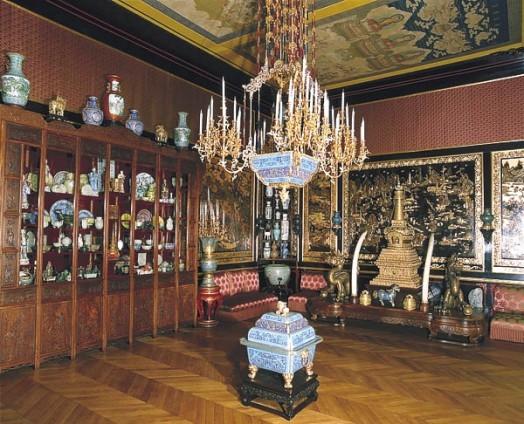 Alerte, alerte ! Ambassade siamoise et musée chinois : les trésors méconnus de Fontainebleau devraient être mieux gardés !!!