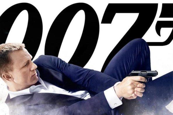 Skyfall - 007 confronté à un terrible ennemi : la crise de la cinquantaine !