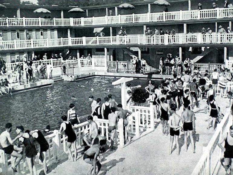 Molitor le bassin des scandales for Molitor piscine tarif